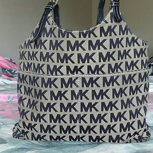 Michael Kors Collection Bags - Michael kors handbags e422c46e934f9